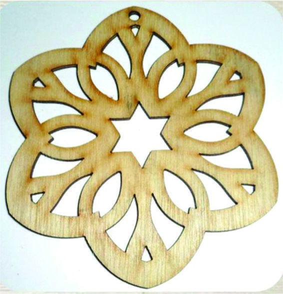 Flower Mandala Ornament / Laser Cut Wood
