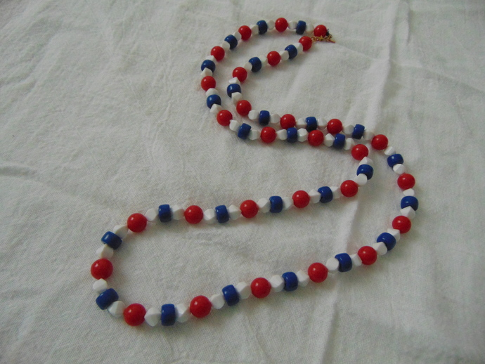 Monet signed red white blue bead necklace mint