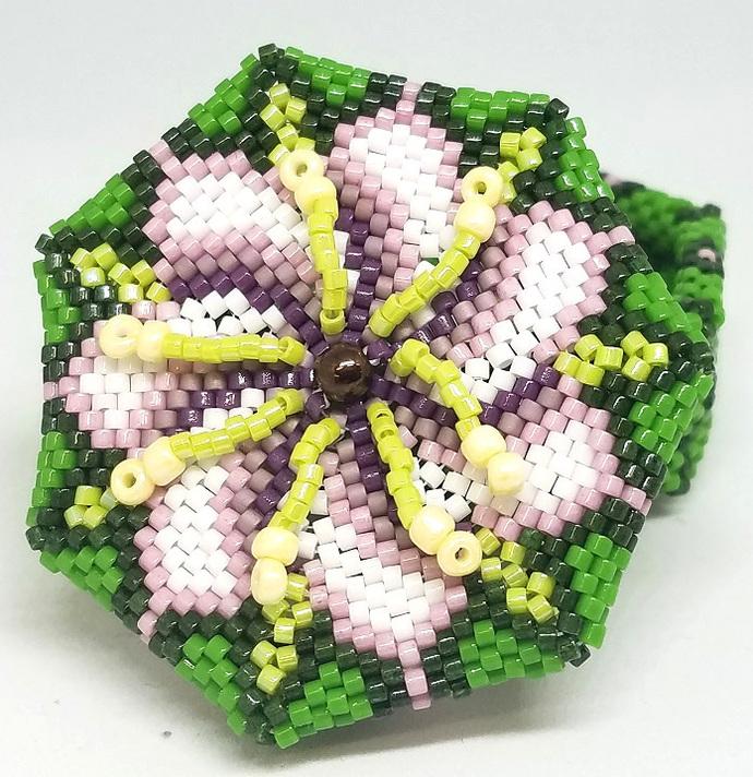 Star Flower Beaded Box
