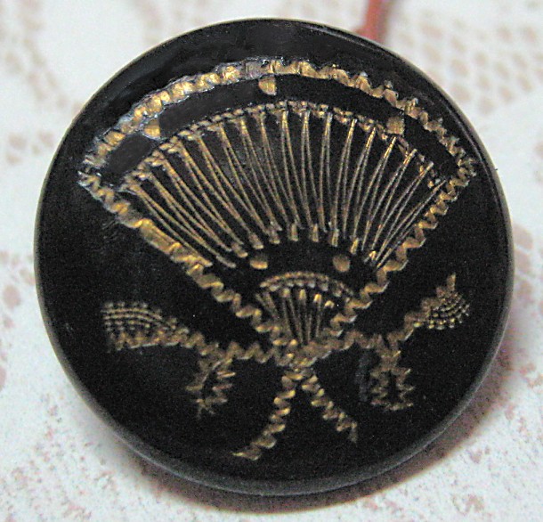 Antique Japanned Lacquered Fan Button Small Size 11/16 inch