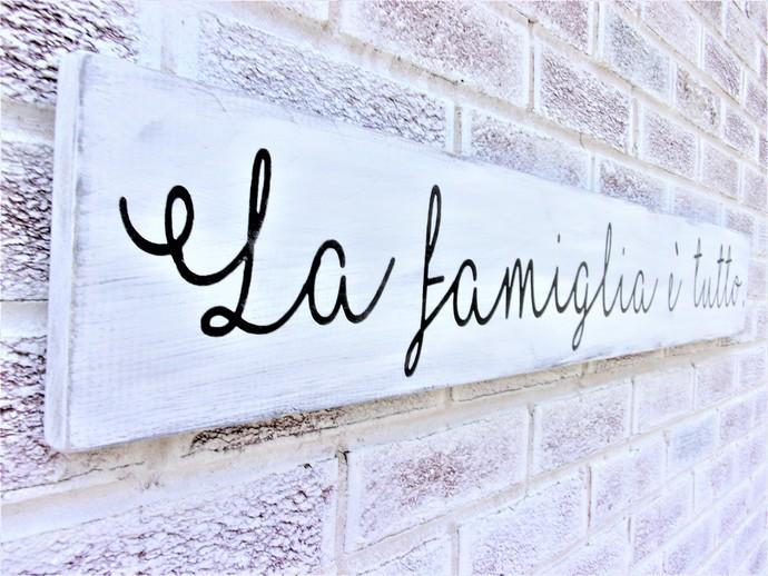 La famiglia e tutto - the family is everything IN ITALIAN, Italian farmhouse
