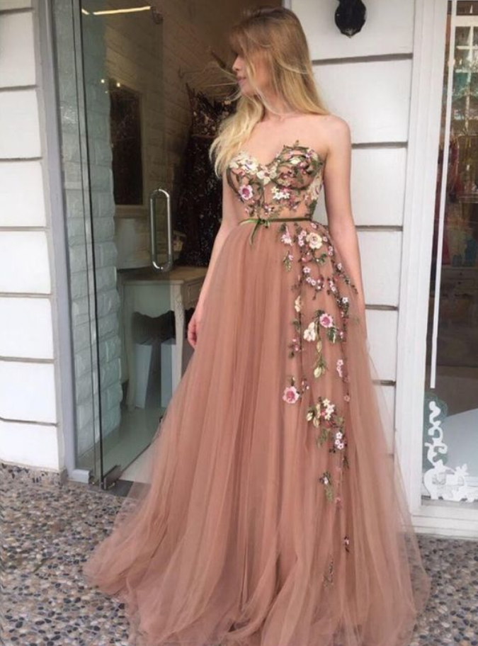 A-Line Sweetheart Sweep Train Champagne Prom Dress with Appliques