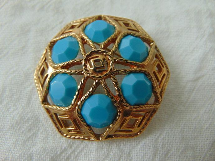 vintage turquoise blue crystals gold filigree brooch