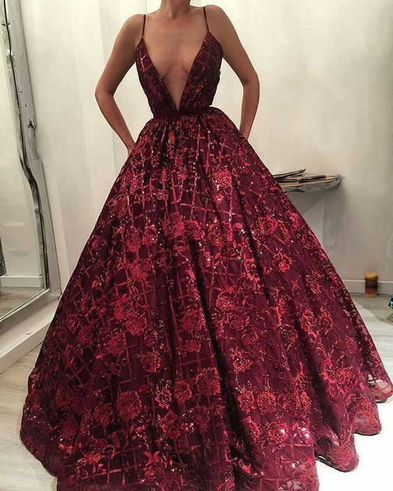 Luxurious Deep V Neck Open Back Burgundy Lace Long Prom Dress M9423