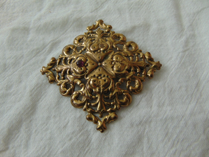 vintage Jeanne signed abstract florentine brass brooch