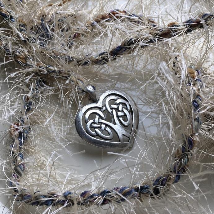 """""""One Love"""" Celtic Heart Spirit Cord"""