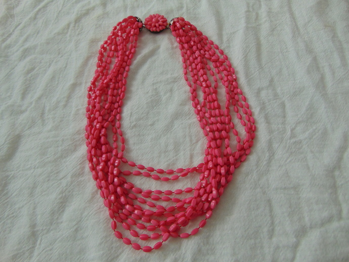 vintage hot pink multi strand plastic beads necklace flower clasp fun