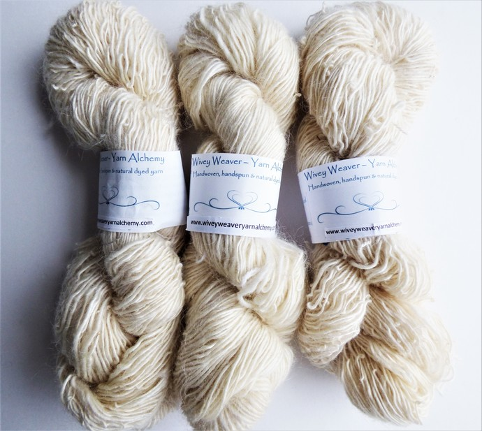 Handspun Yarn – 60/40% Mohair and Kent Romney Wool – Sport Weight – Winter White