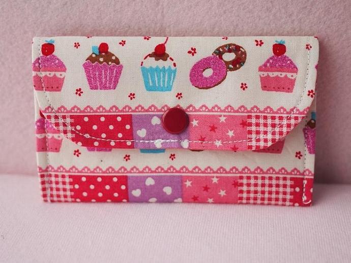 Fancy Cupcake Mini Snap Wallet