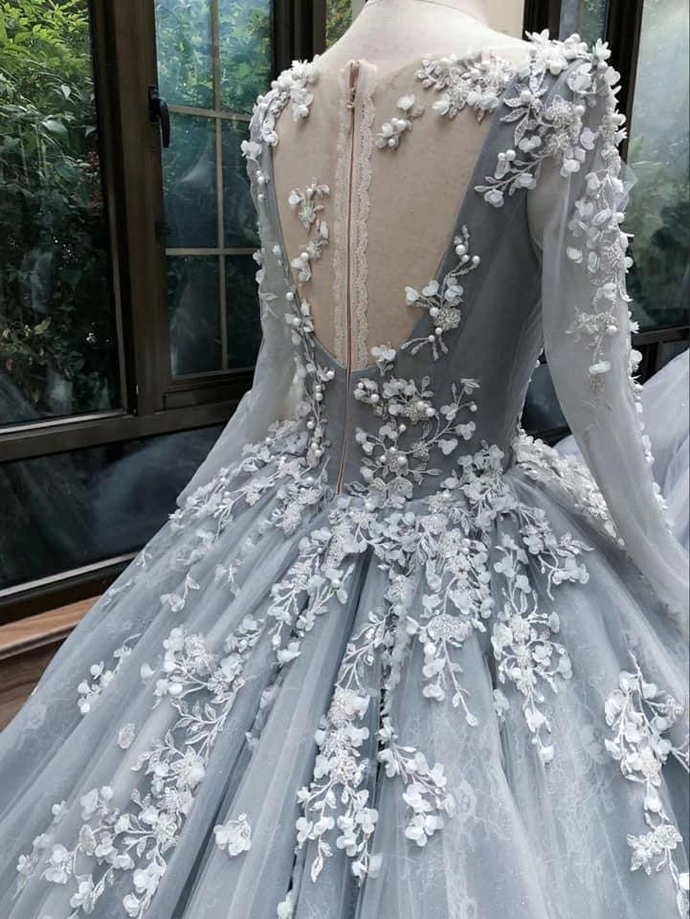 Romantic light grey long sleeves floral lace applique ball gown Evening