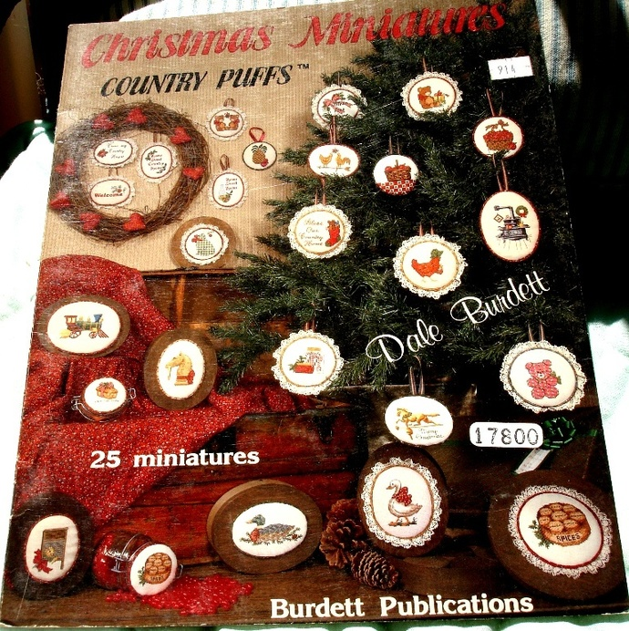 Christmas Miniatures Country Puffs Cross Stitch Graphs By Dale Burdett