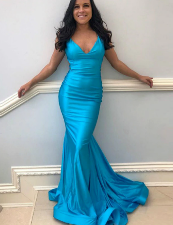 Mermaid V-neck Satin Backless Pleats Prom Dress