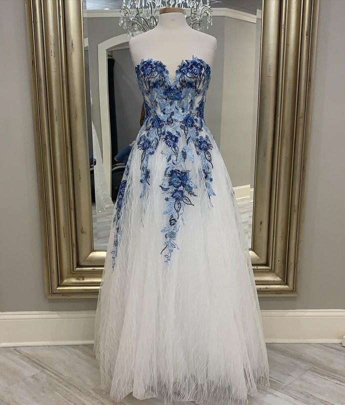 Appliques Prom Dress,Tulle Prom Gown,Sweetheart Evening Dress,A-Line Prom Gown