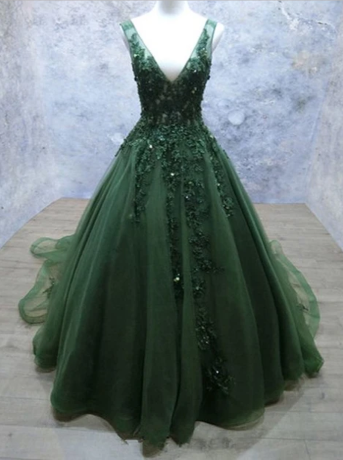 Dark Green Tulle Long Lace Appliques V Neck Prom Dress