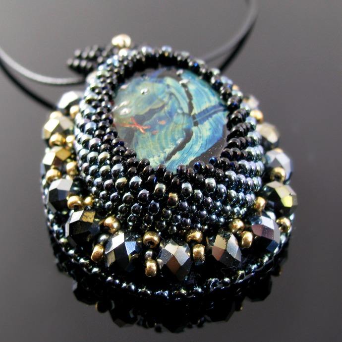 Bead embroidered pendant with lampwork bead and crystals