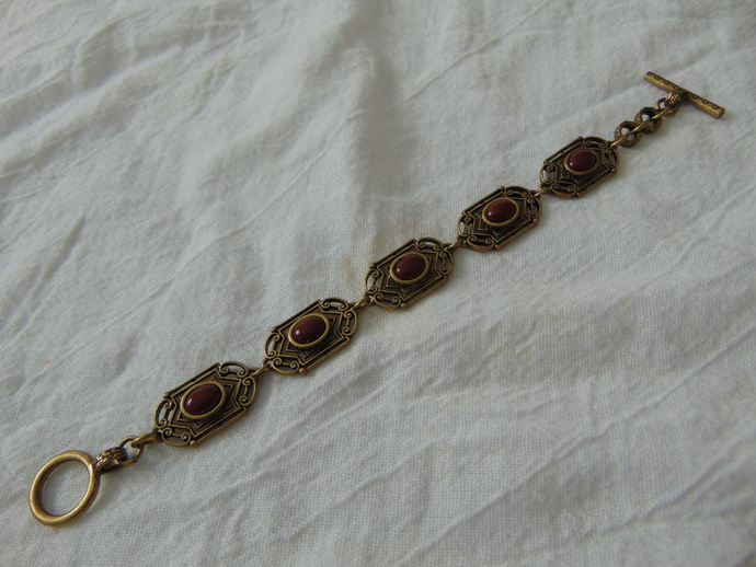 vintage brass carnelian color antique Art Nouveau link toggle bracelet