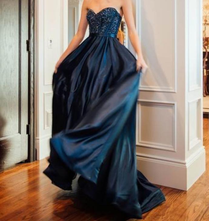 Sweetheart Satin Long Prom Dress