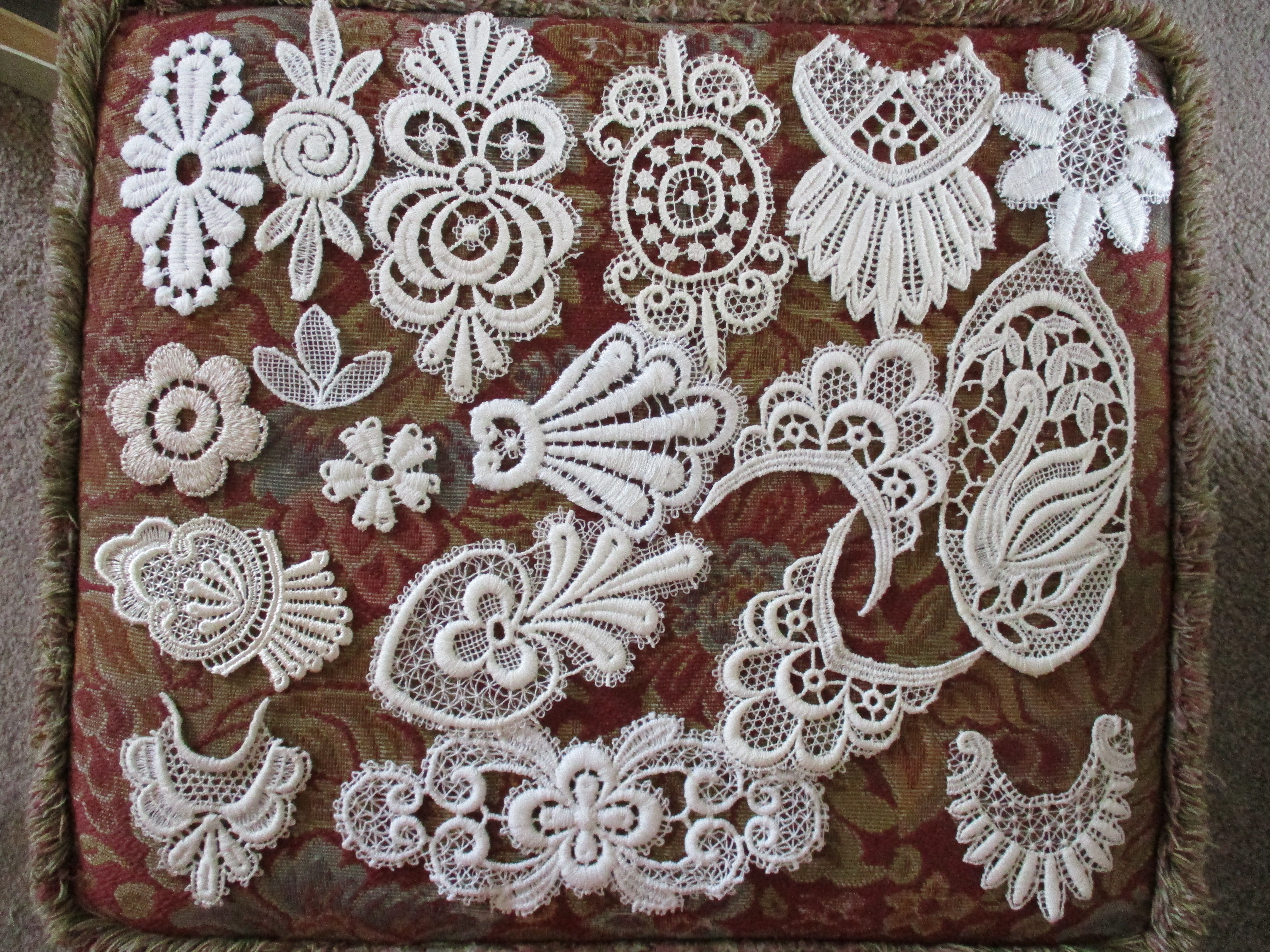 Gorgeous Assorted Applique Pack