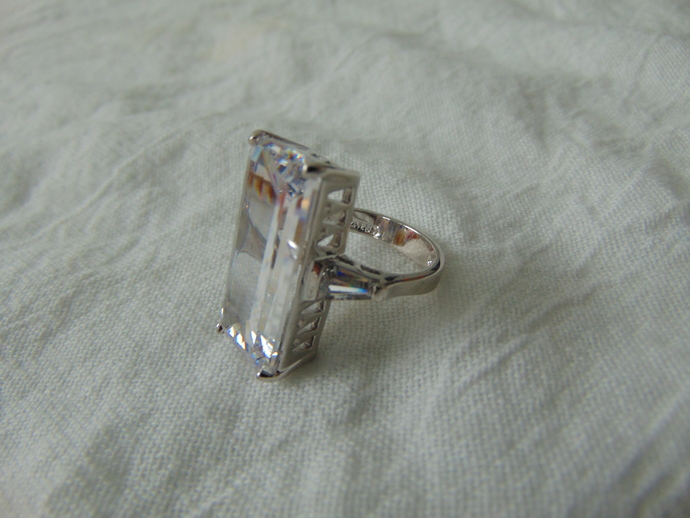 vintage Joan Rivers signed clear crystal huge emerald cut crystal ring silver