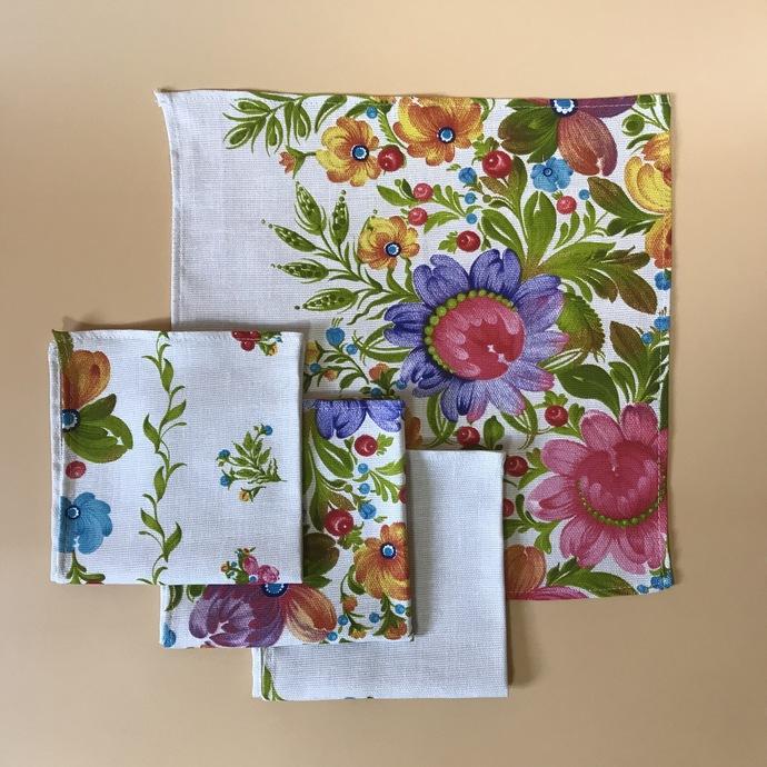 Napkins cotton 100% with  Flower Painting Print. Set of 4 napkins. Cotton Rich