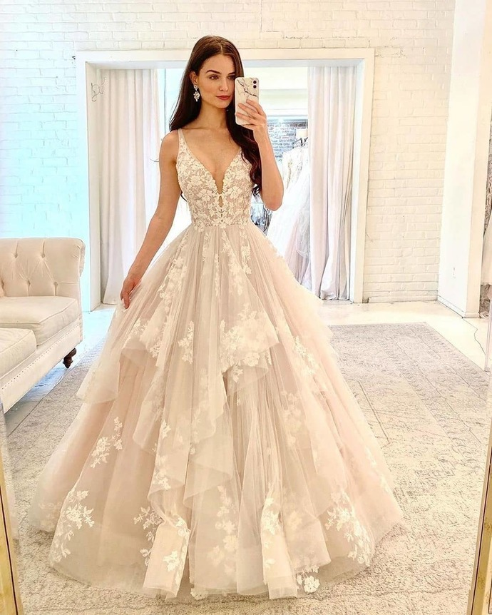 Champagne Prom Dress,Tulle Prom Gown,V-Neck Evening Dress,Appliques Prom Gown