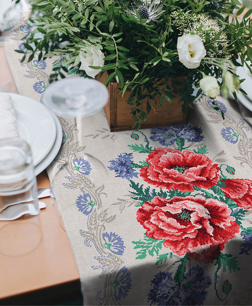 Table Runner Cotton 100% with the effect of 3d embroidery. Poppies Print. Table
