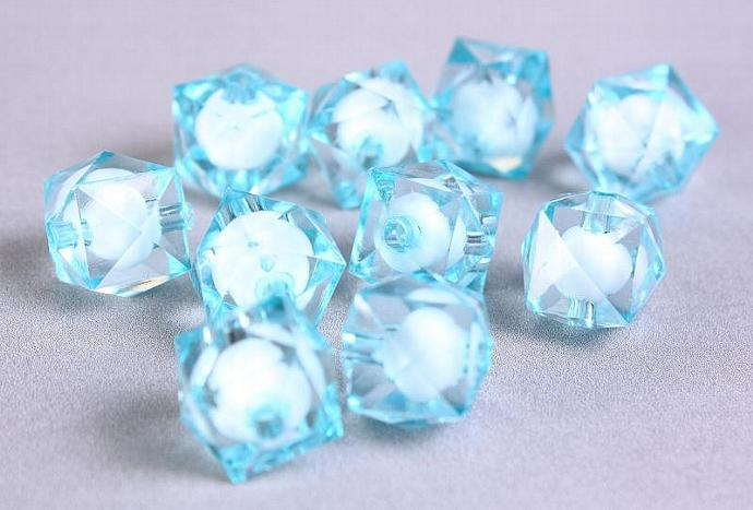 10pc baby blue miracle beads resin lucite acrylic faceted cube beads 12mm (447)