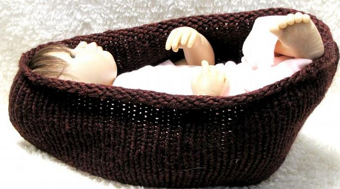 Knitting Pattern - BABY POD - PDF - 3 Sizes - Knit it in the round or Back and