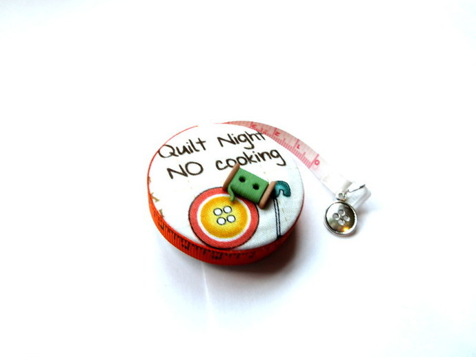 Tape Measure Love to Quilt Small Retractable Measuring Tape