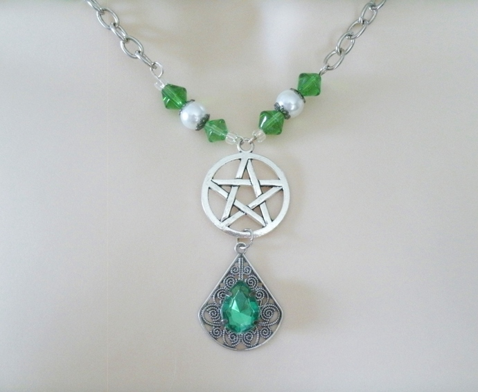 Celtic Green Pentacle Necklace, handmade jewelry wiccan pagan wicca witch