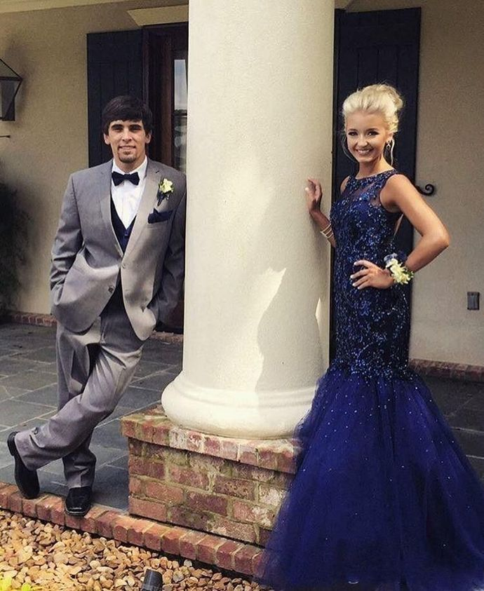 Dark Blue Mermaid Beads Tulle Prom Dresses Formal Evening Gowns H5502