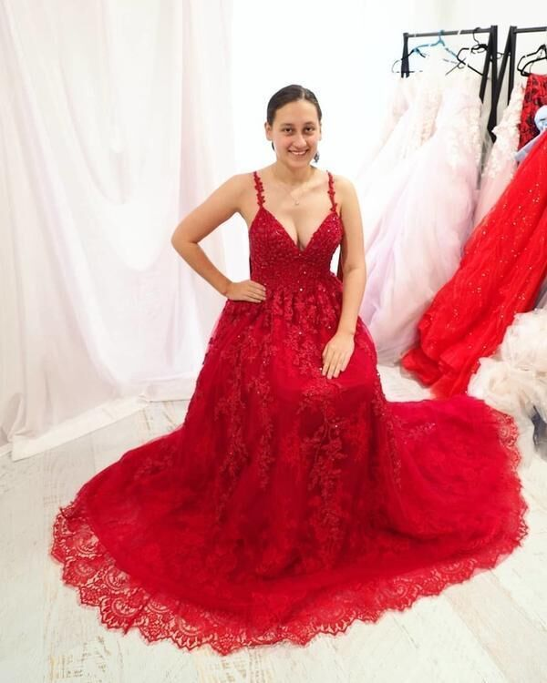 Sexy Backless Red Long Appliques Long Prom Dresses H5511