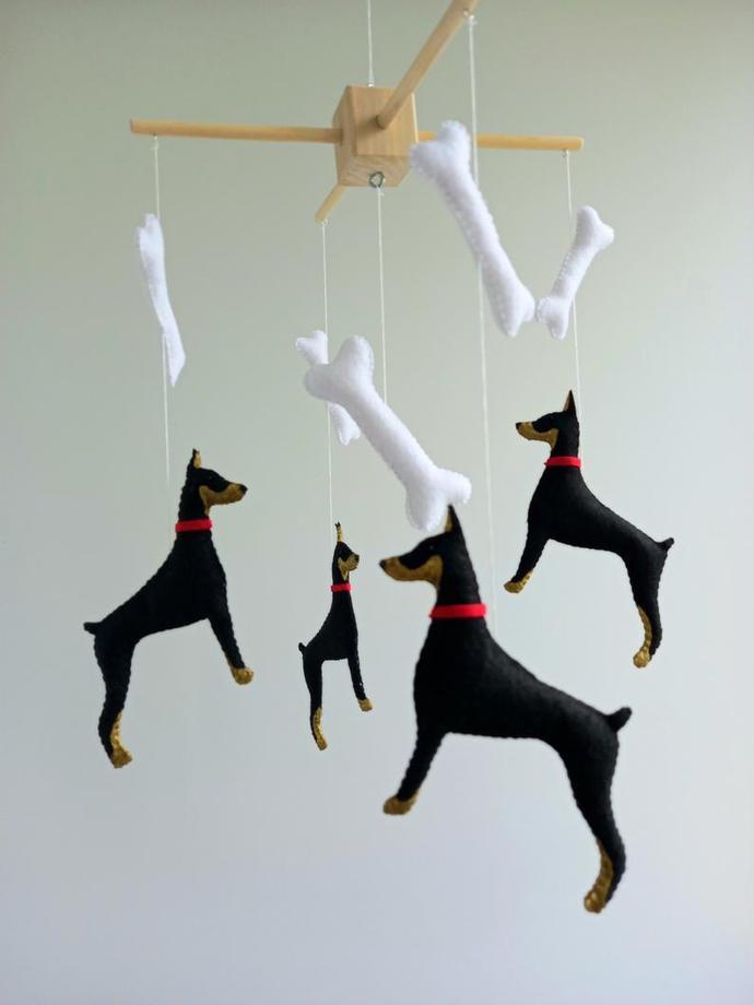 Doberman baby crib mobile, dog nursery mobile, animals cot felt mobile, Hanging