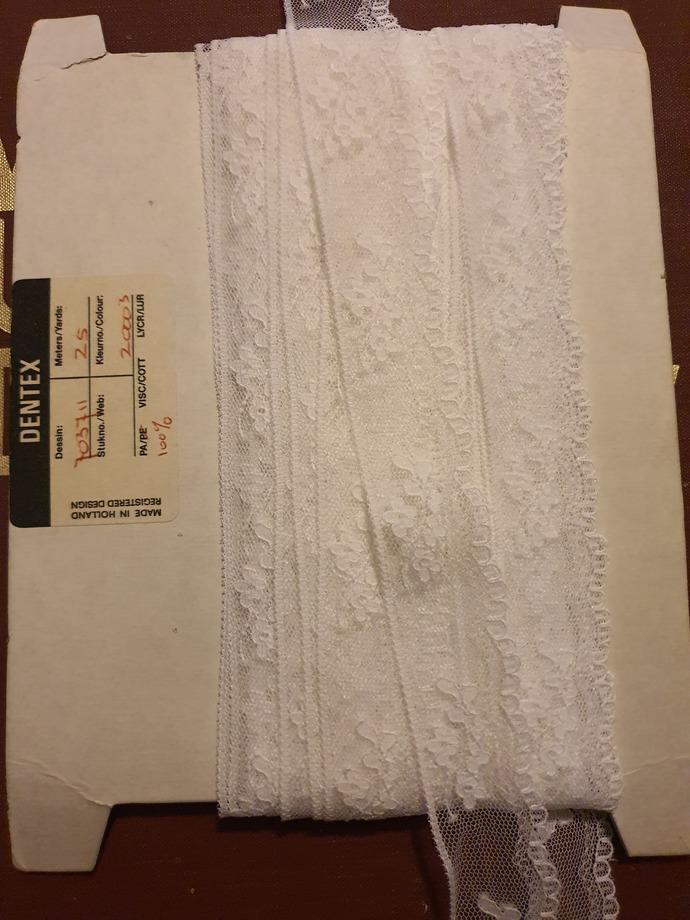 Dentex white lace