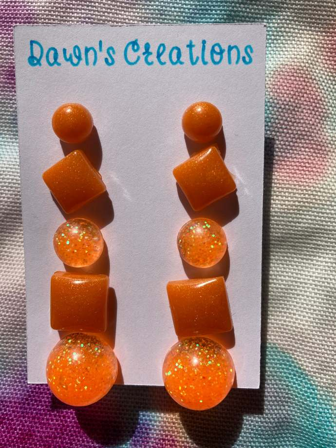 5 pairs resin small stud earrings orange pearlescent rainbow glitter round