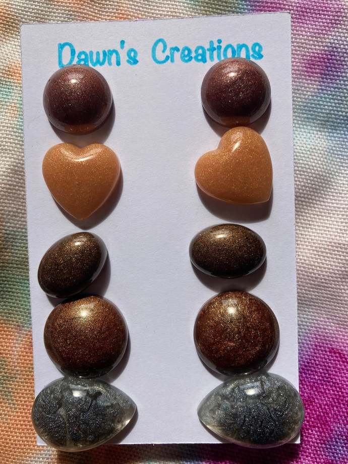 5 pairs resin stud earrings pearlescent bronze gold black circle heart oval