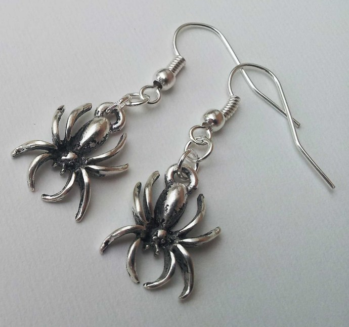 Silver Plate Spider Earrings Gothic Goth Halloween