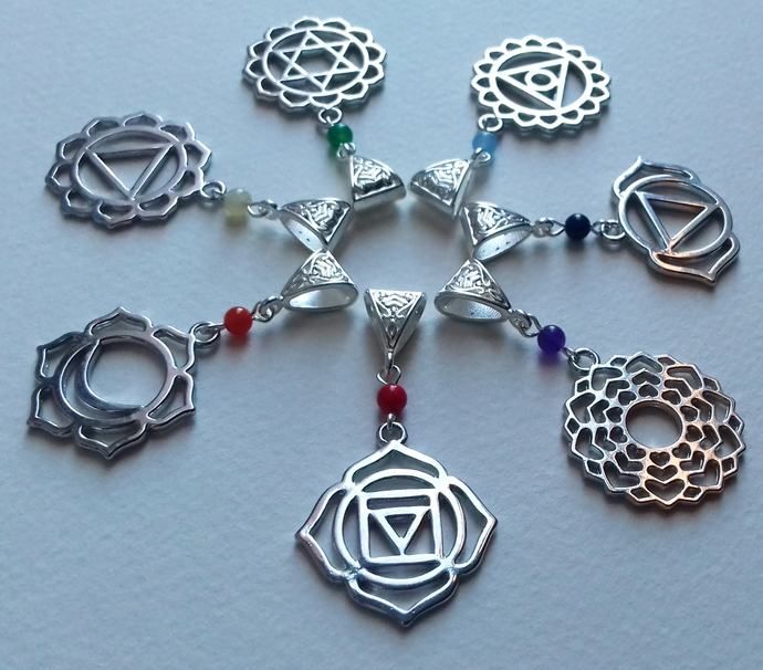 Silver Plate Gemstone Chakra Mandala Pendants Gift Set 7 in 1 Necklace Set New