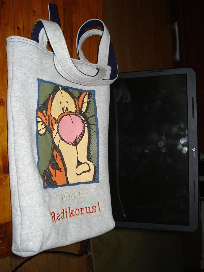 "Revalued Sweatshirt bag - Tiggr ""Don't be Redikorus!"""