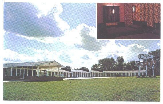 Vintage Postcard CAPRI MOTEL Fairbury Nebraska