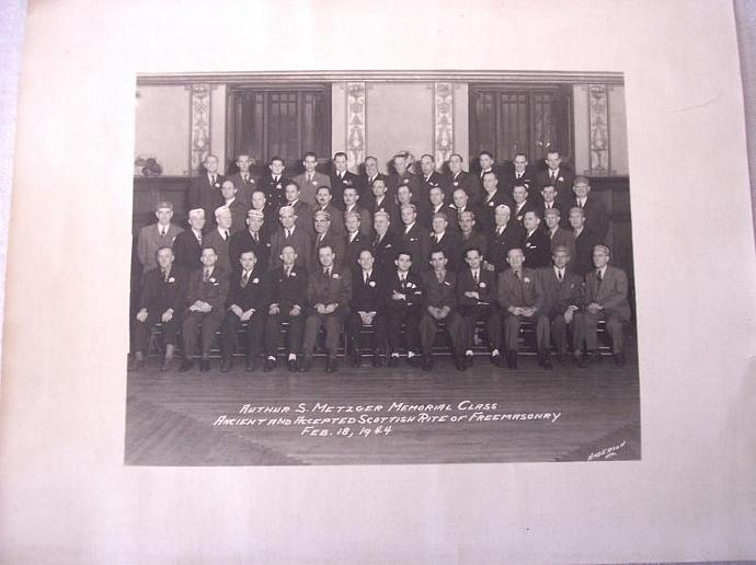 Scottish Rite of Freemasonry 1944 Vintage Group Photo Authur S Metzger Class