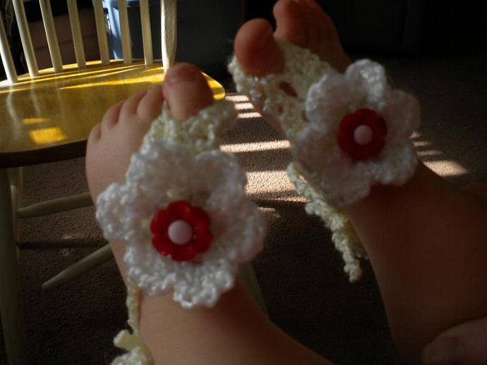 Barefoot Baby Sandals in Pale Yellow