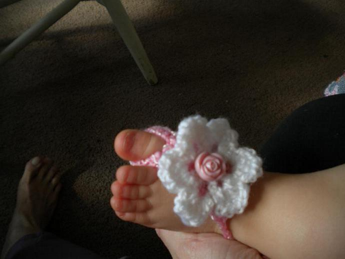 Barefoot Baby Sandals in Pink