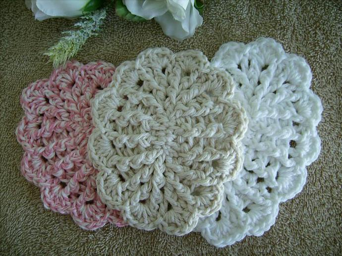 Red Crochet Soap Dish with Scallops in Cotton