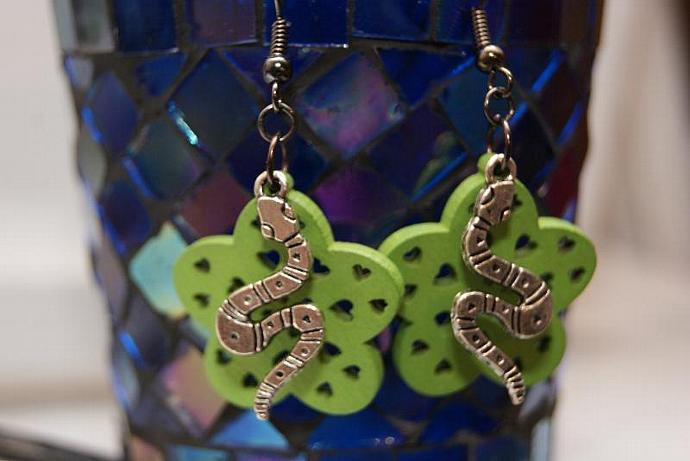 Snake Earrings - Wood Flower Charm - Silver Green