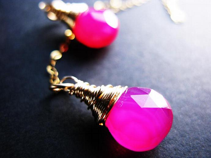 Hot Pink Chalcedony Lariat, Wire Wrapped in Gold Fill, Prom Jewelry, Bridesmaids