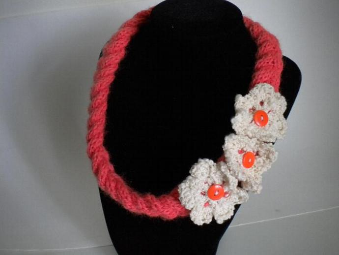 Coral Knit Necklace