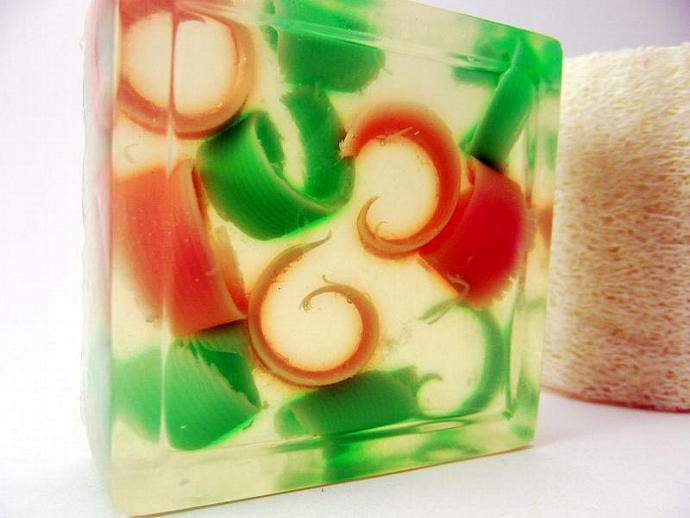 Pearberry Musk Glycerin Soap Clear Pink Green Springtime Scent 4oz square