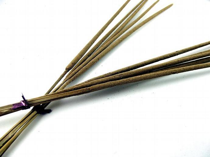 20 Feng Shui Wood Scented Incense Sticks