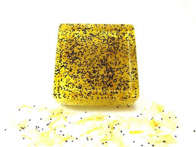 Soap Lemon Poppy Seed - Real Lemon Zest- Aloe Vera Glycerin - 4oz - All Natural